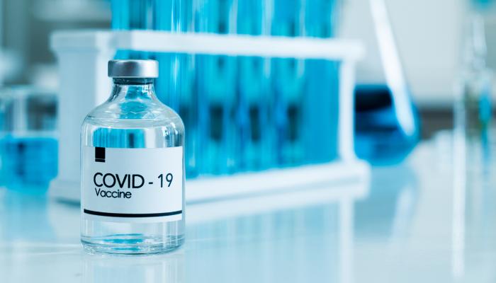Tras La Creación De La Vacuna, El Reto De Su Envasado